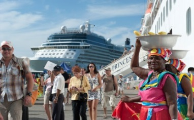 What are the opportunities for cruise tourism with guests from
